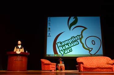 Alametifarika Reklam Ajansı yaratıcı yönetmenlerinden Emrah Karpuzcu