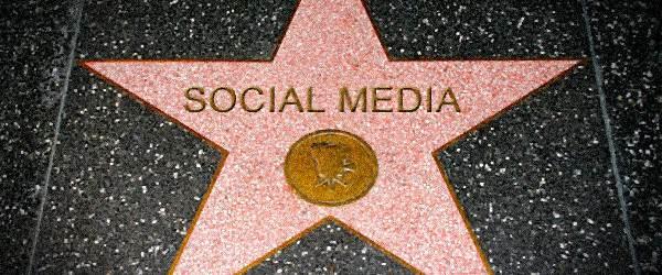 Ünlüler Sosyal Medya'yı Nasıl Kullanmalı?