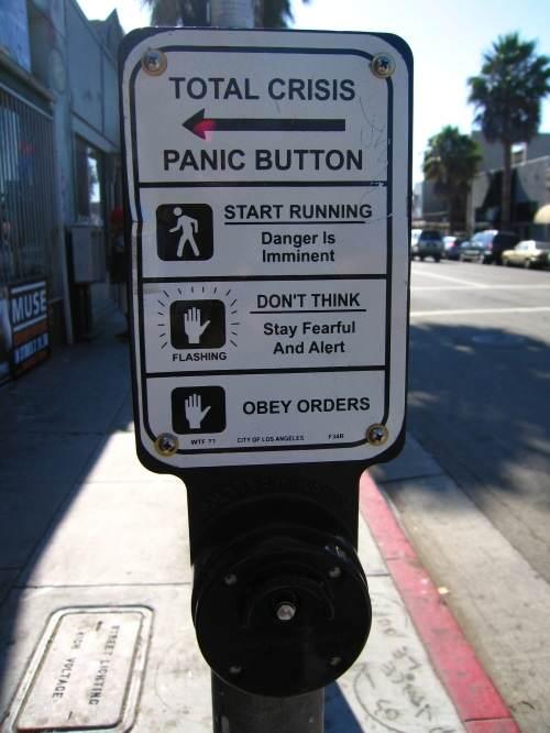 total-crisis-panic-button-20090819-095219