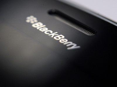 Blackberry'de Kara Bulutlar Dağılmıyor