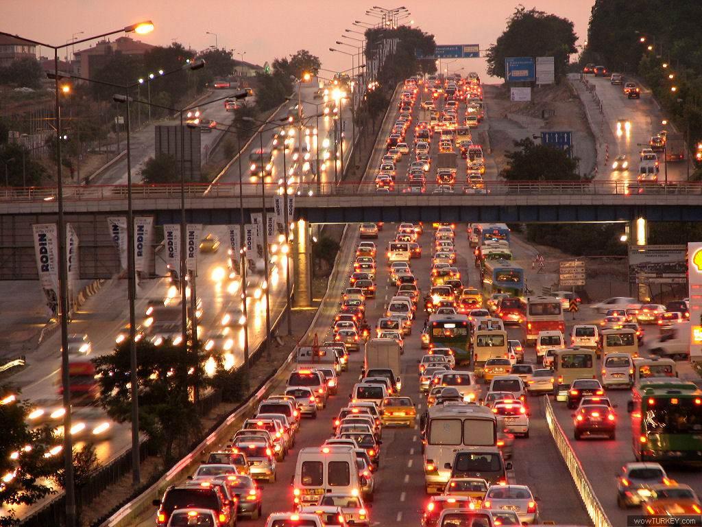 Türk Tüketiciler Otomobil Alırken Neye Dikkat Ediyor?