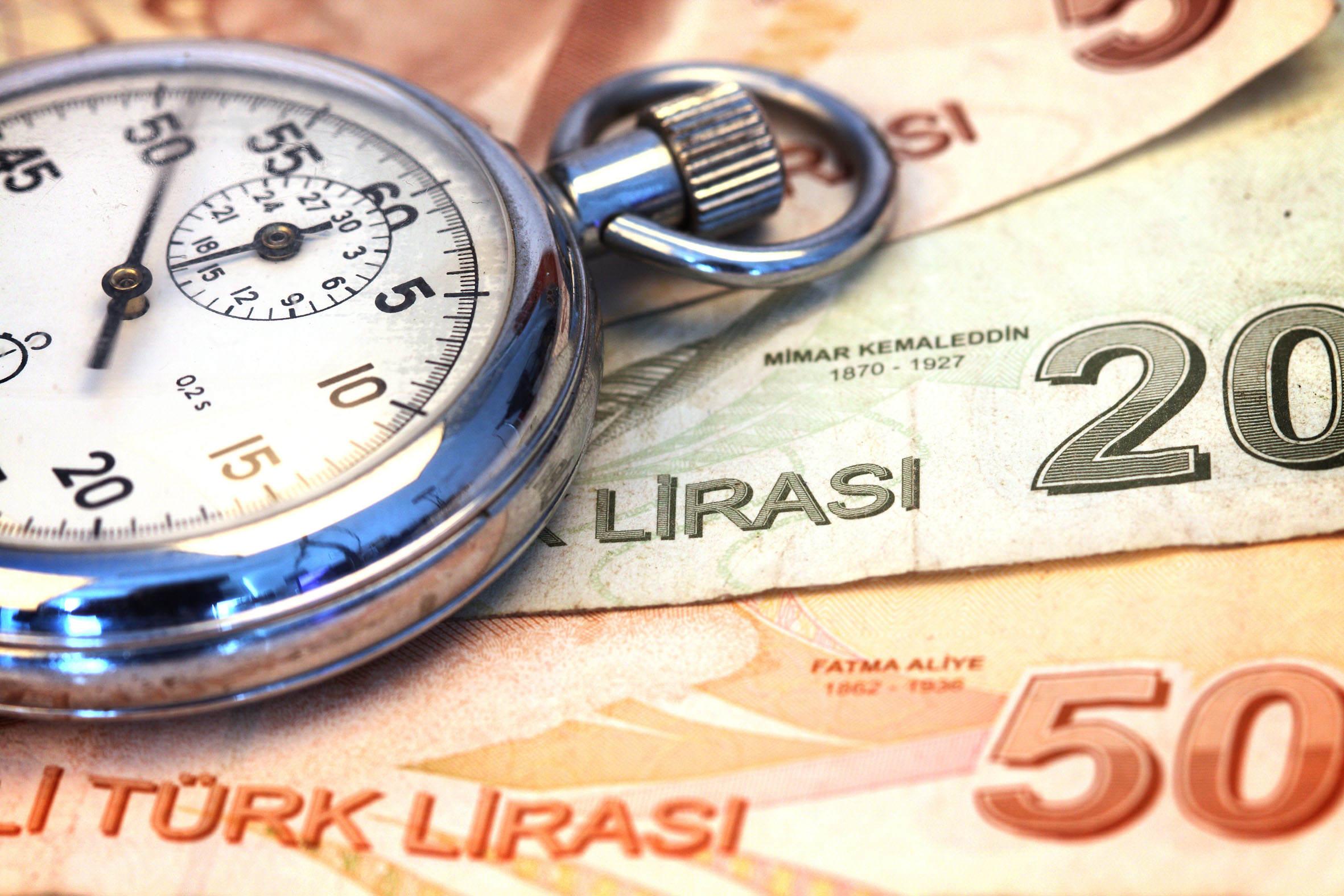 """IMF: """"Türkiye Yüzde 3,8 Büyüyecek"""""""