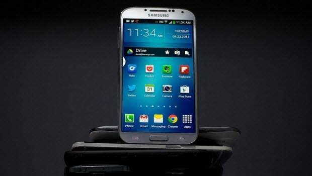 Galaxy S5 Mart'ta Geliyor