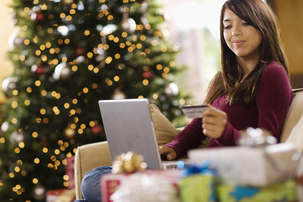 Amerikalılar Kara Cuma'da 1.2 Milyar Dolarlık Online Alışveriş Yaptı