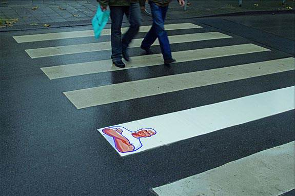 Creative-Ambient-Ads-Meister-Proper