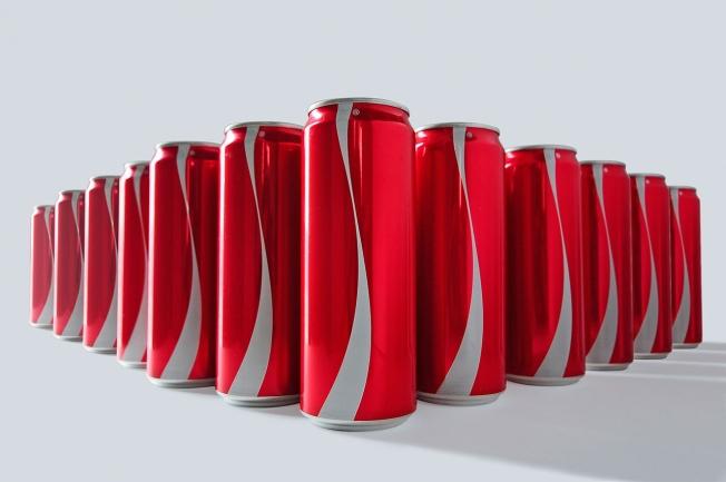 Coca Cola Masalara Etiketsiz Geliyor