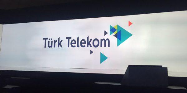 Avea ve TTNET'in, Türk Telekom Çatısı Altında Birleşen Yeni Logosu