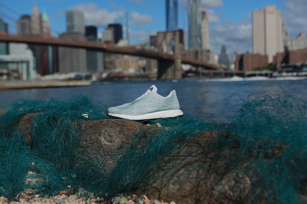 Adidas'ın Okyanus Atıklarından Tasarladığı Ayakkabı ile Tanışın!