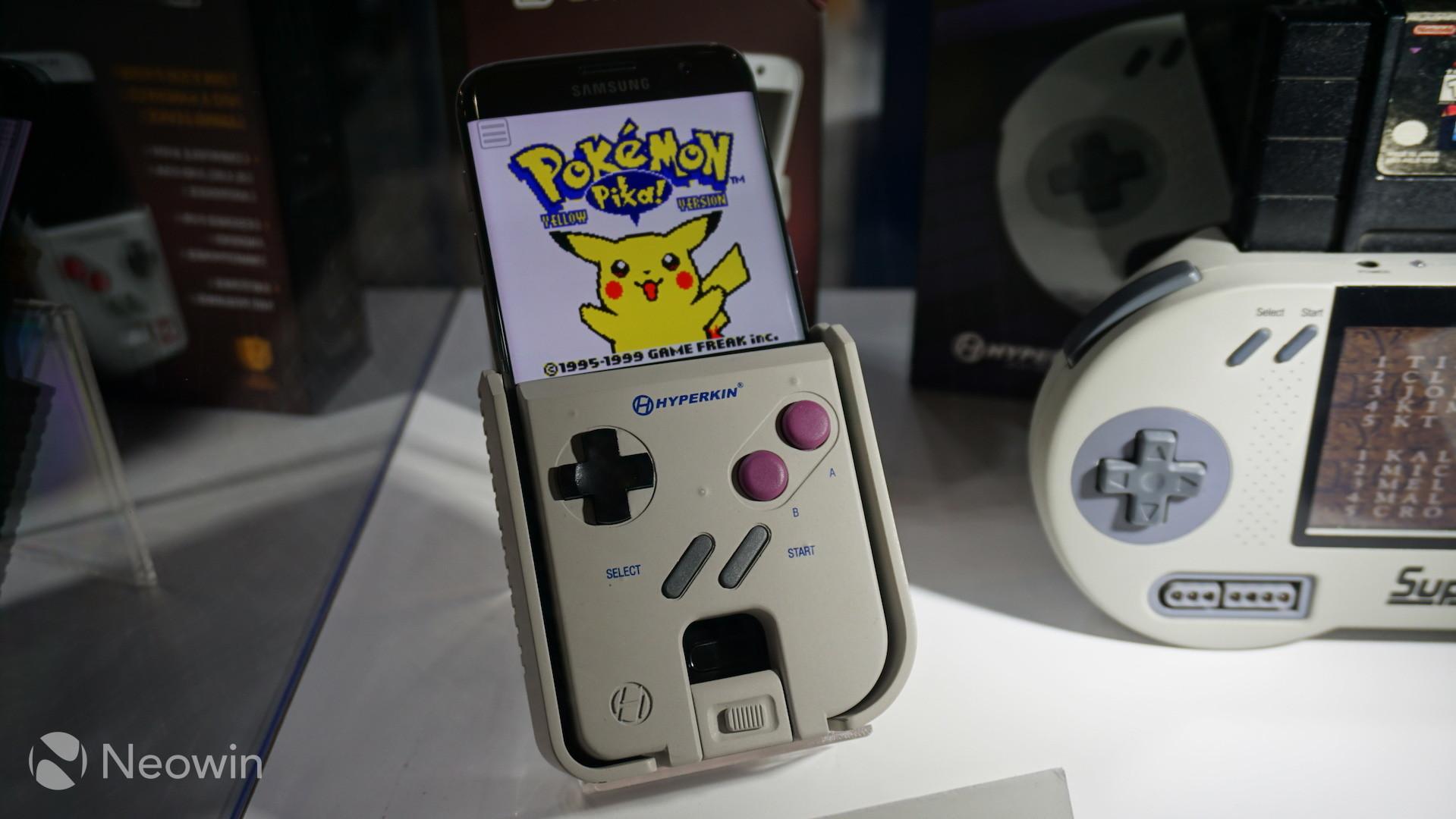 Akıllı Telefonunuzu Game Boy'a Dönüştüren Smart Boy Gerçek Oldu!