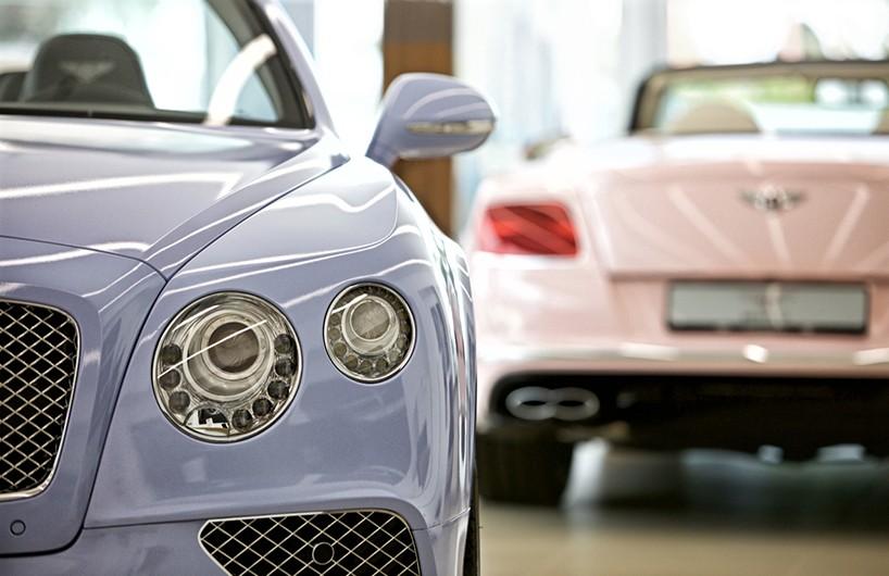 Bentley-panatone-chickdriven-2