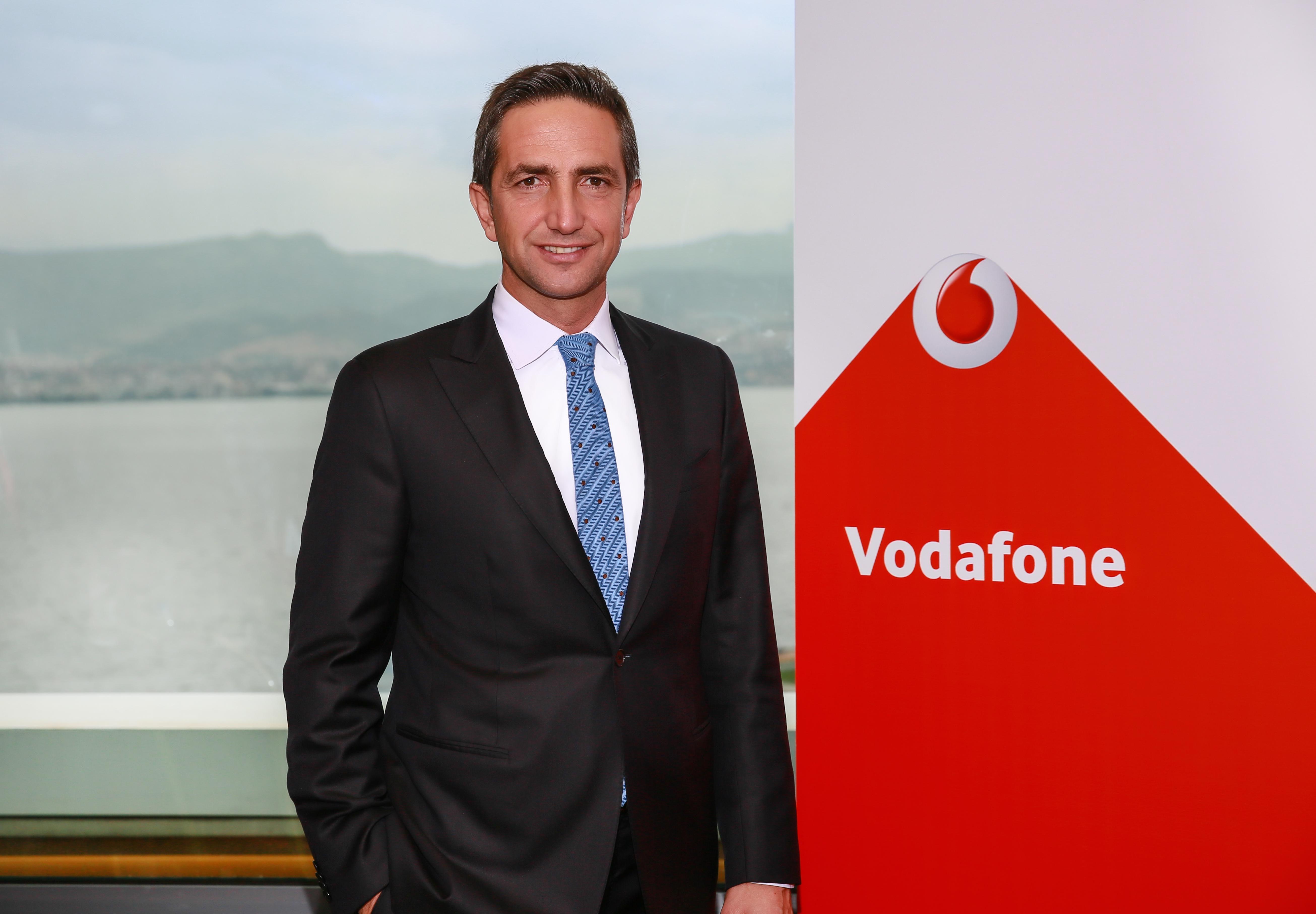 Vodafone Türkiye'nin Bireysel İş Birimi İcra Kurulu Başkan Yardımcısı  Engin Aksoy oldu