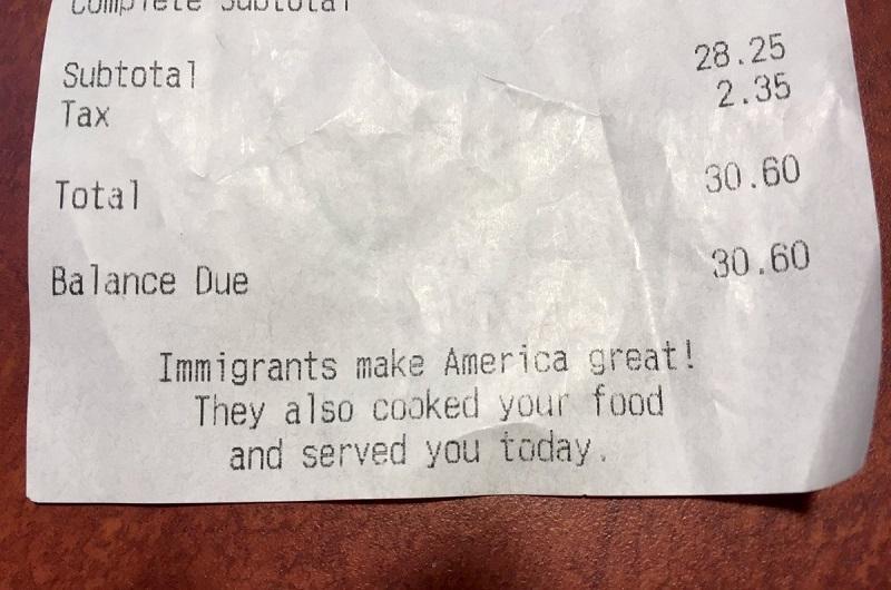 ABD'deki Restoranlar, Fişlere Ekledikleri Notlarla Göçmenlere Desteklerini Gösteriyorlar