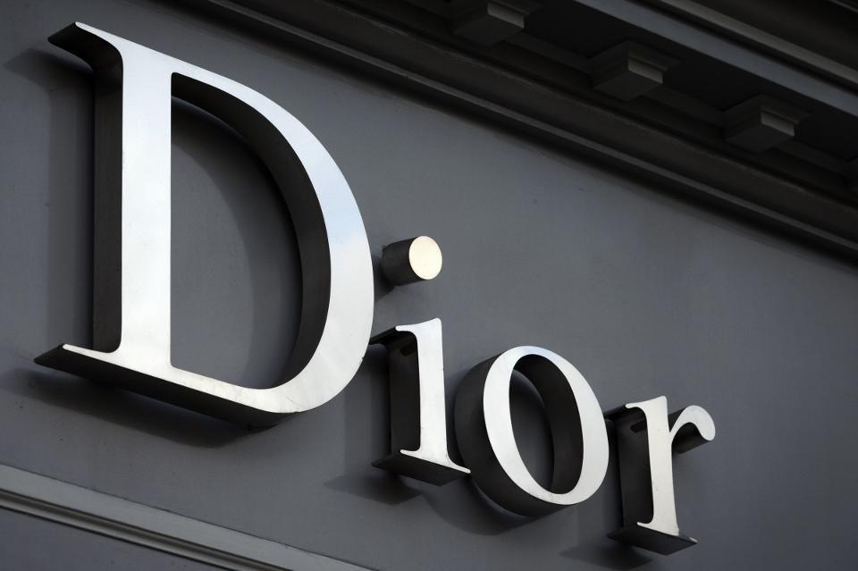 Louis Vuitton'ın Sahibi, Christian Dior'u 13,2 Milyar Dolara Satın Aldı
