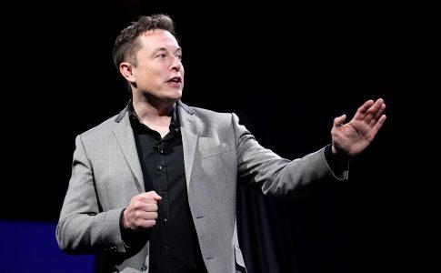 """Elon Musk: """"Dünyayı Değiştirmek İçin Haftada 100 Saat Çalışılmalı"""""""