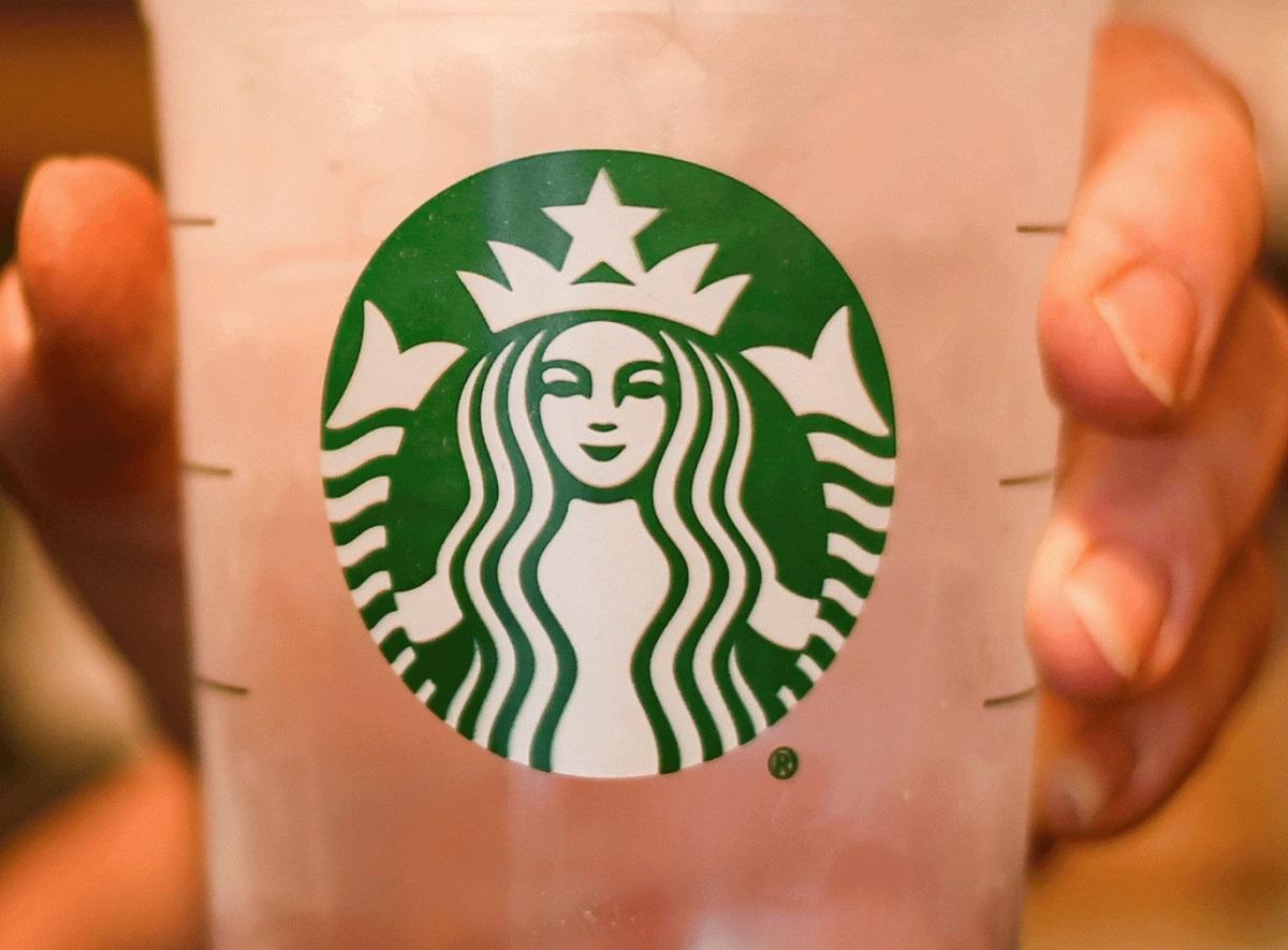 Starbucks, Avrupa'da 2500 Mülteciyi İşe Alacak