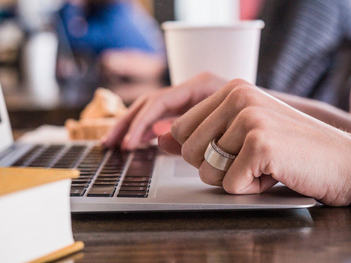 Kredi Kartı ve Anahtar Görevi Gören Akıllı Yüzük: Token Ring
