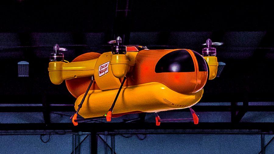 Drone ile Sosisli Sandviç Teslimatı