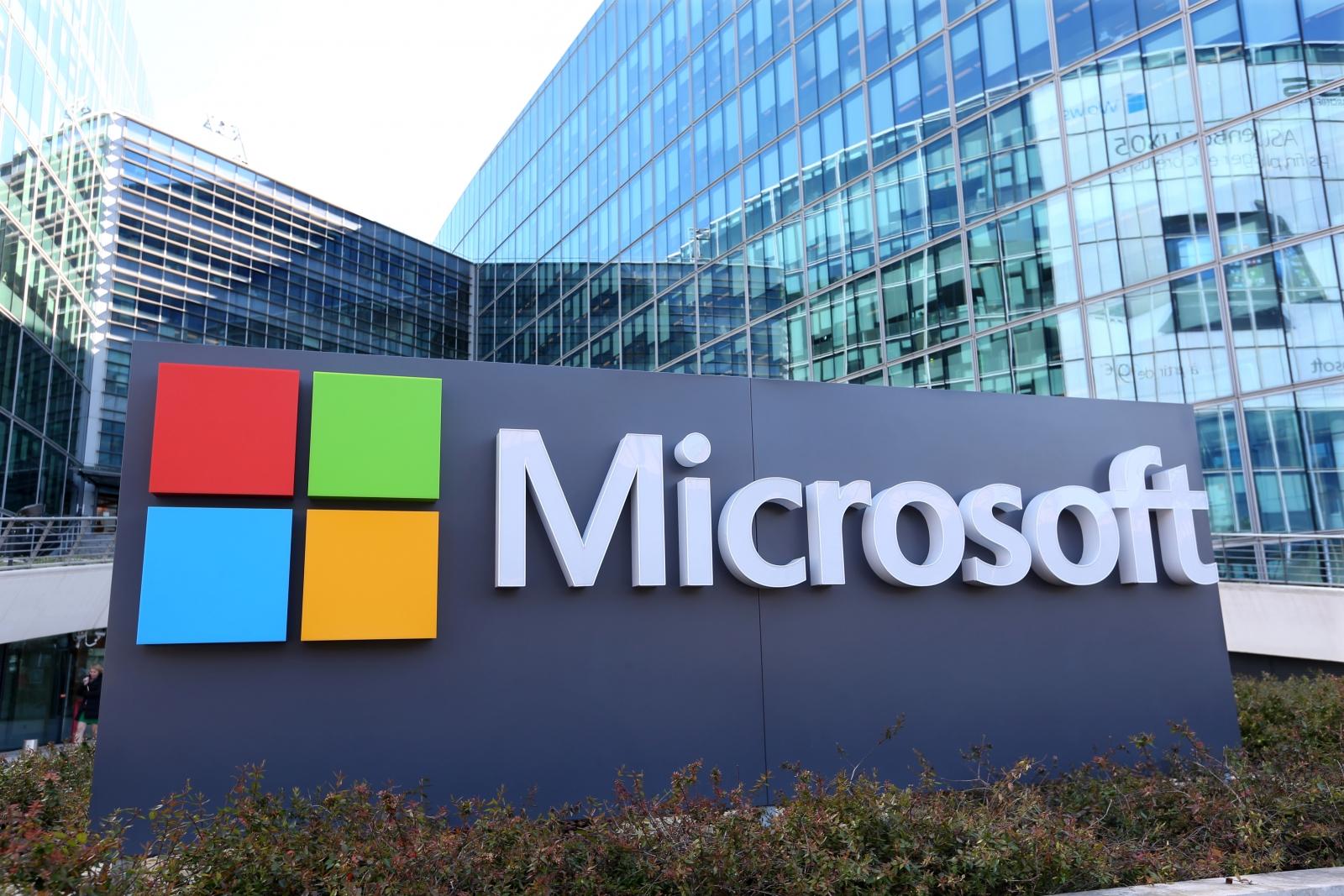 Microsoft, İngiltere'deki İlk Perakende Mağazasını Açıyor