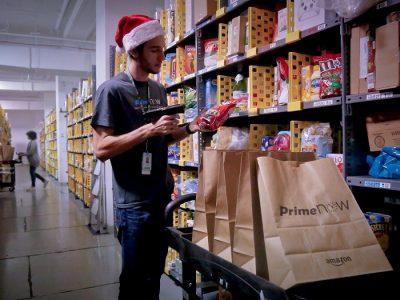Toys R Us'ın İflasın Eşiğine Gelmesi, Amazon'un Gelirlerini Artırabilir
