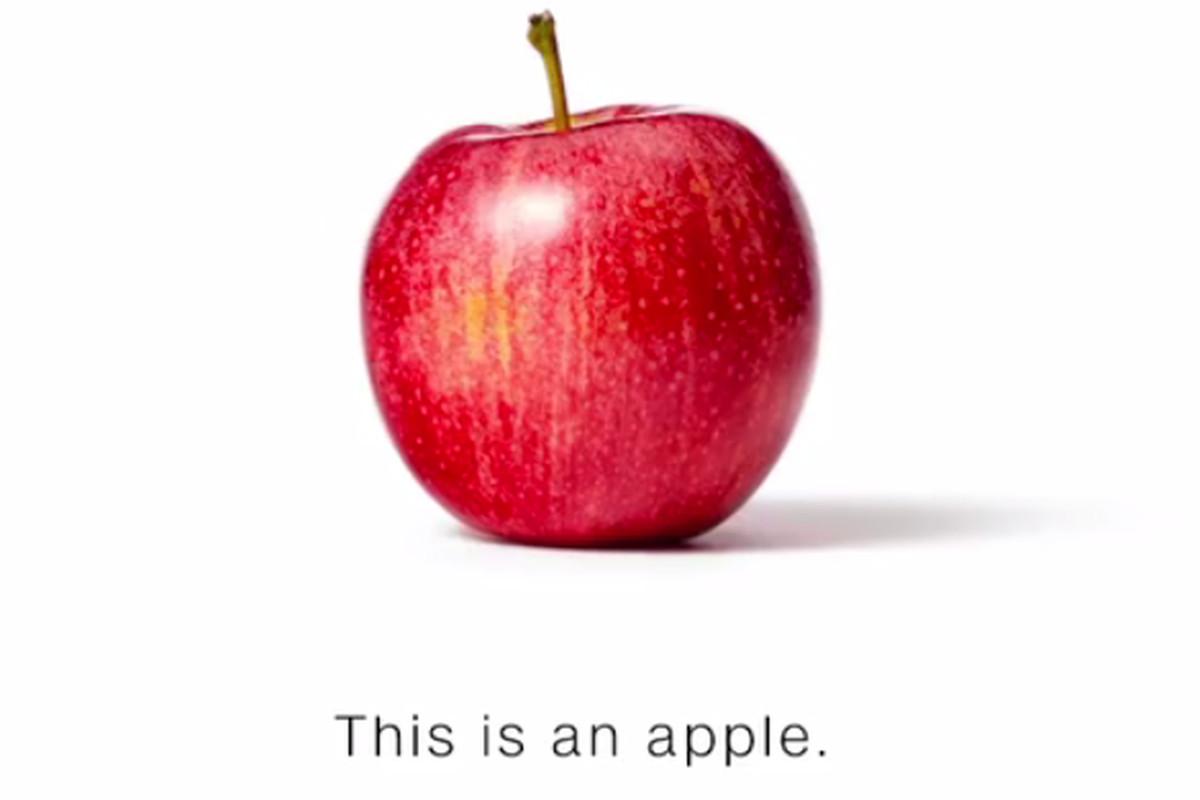 CNN, Sahte Haberlere Dikkat Çekmek İçin Elma ve Muz Kullandı