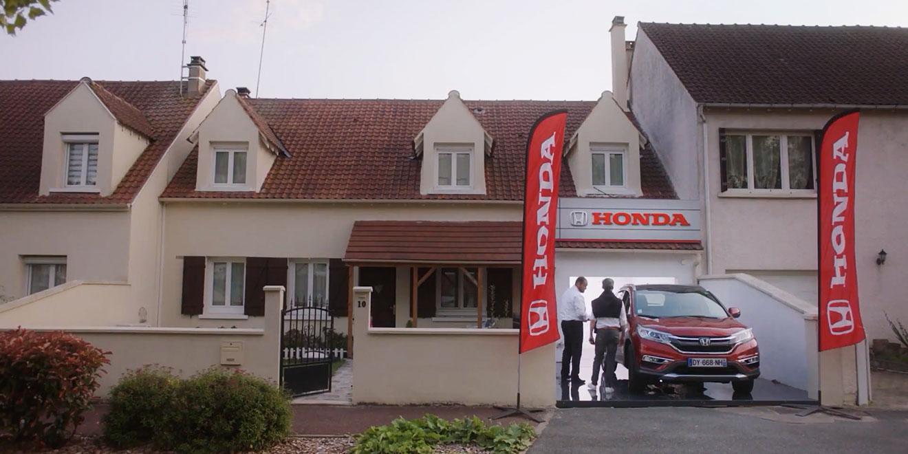 Honda, Müşterilerinin Garajlarını Araç Satış Bayilerine Dönüştürdü