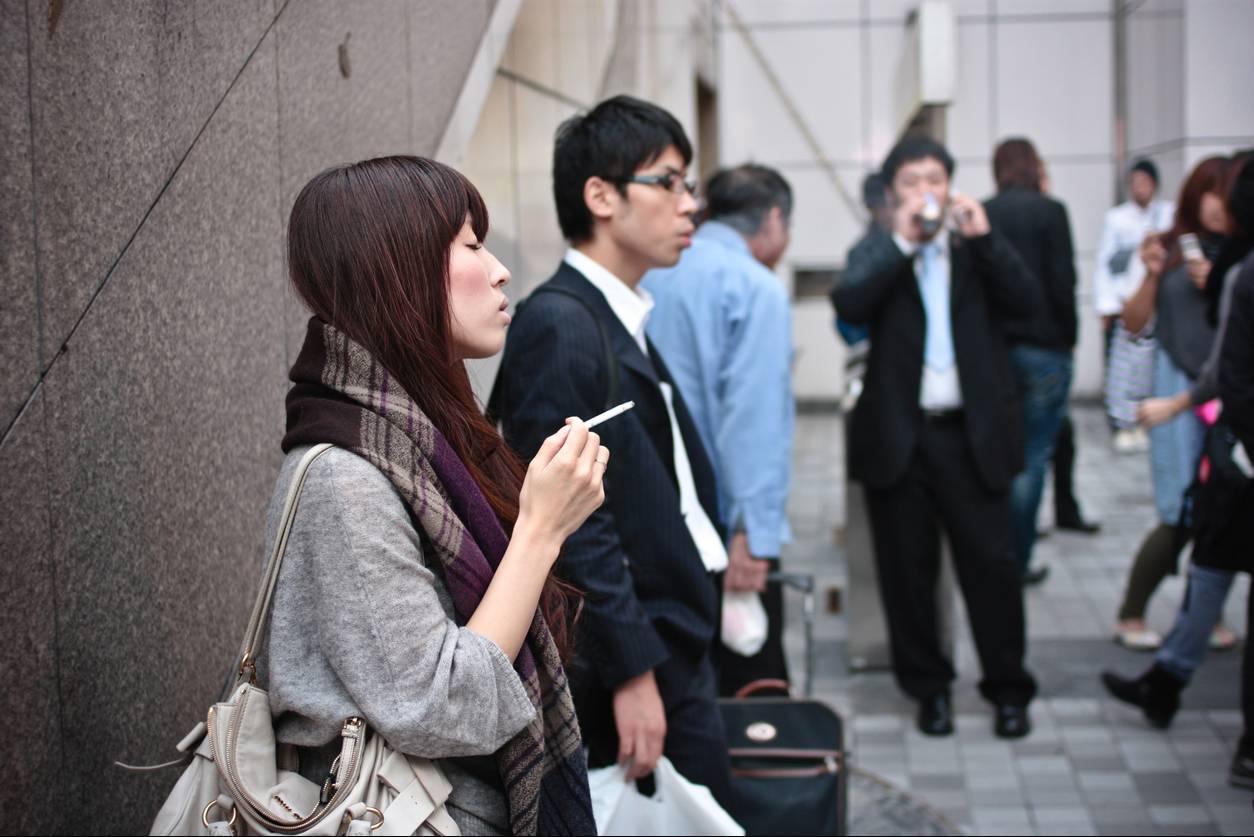 Sigara İçmeyen Çalışanlara Fazladan 6 Gün İzin