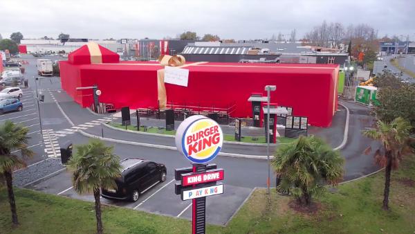 Burger king'den Hayranına Unutulmaz Bir Yılbaşı Hediyesi