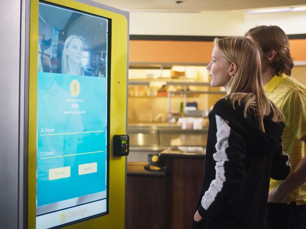 Bu Makineler Ne Sipariş Edeceğinizi Yüzünüzden Anlıyor