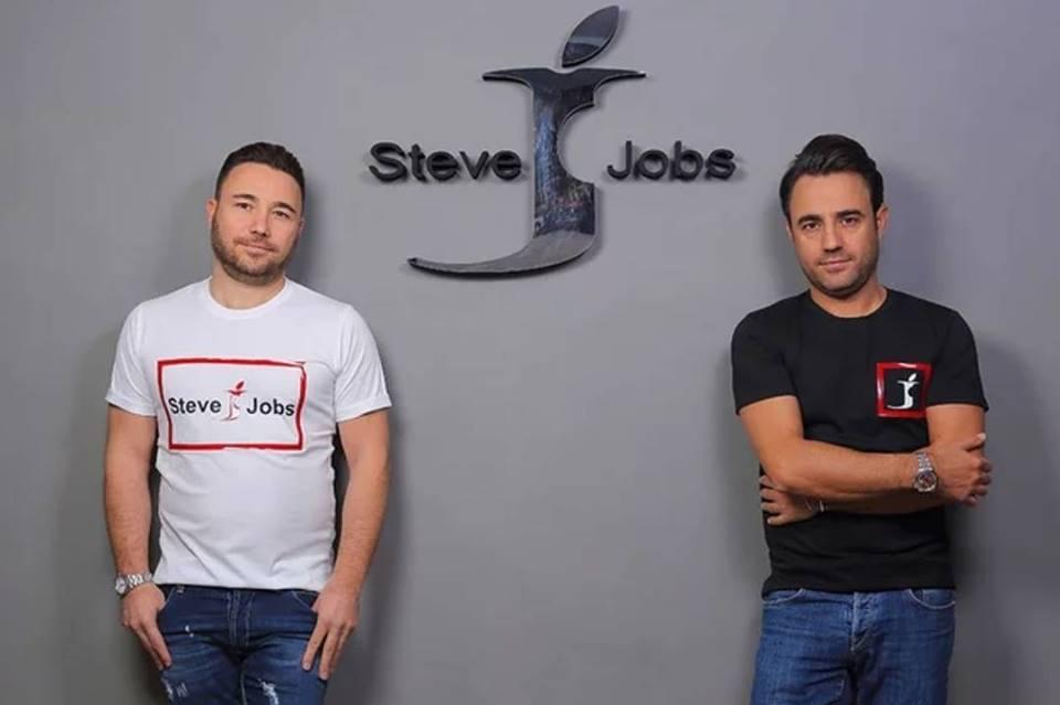 Steve Jobs İsimli Moda Markası, Apple'a Karşı Olan İsim Hakkı Davasını Kazandı