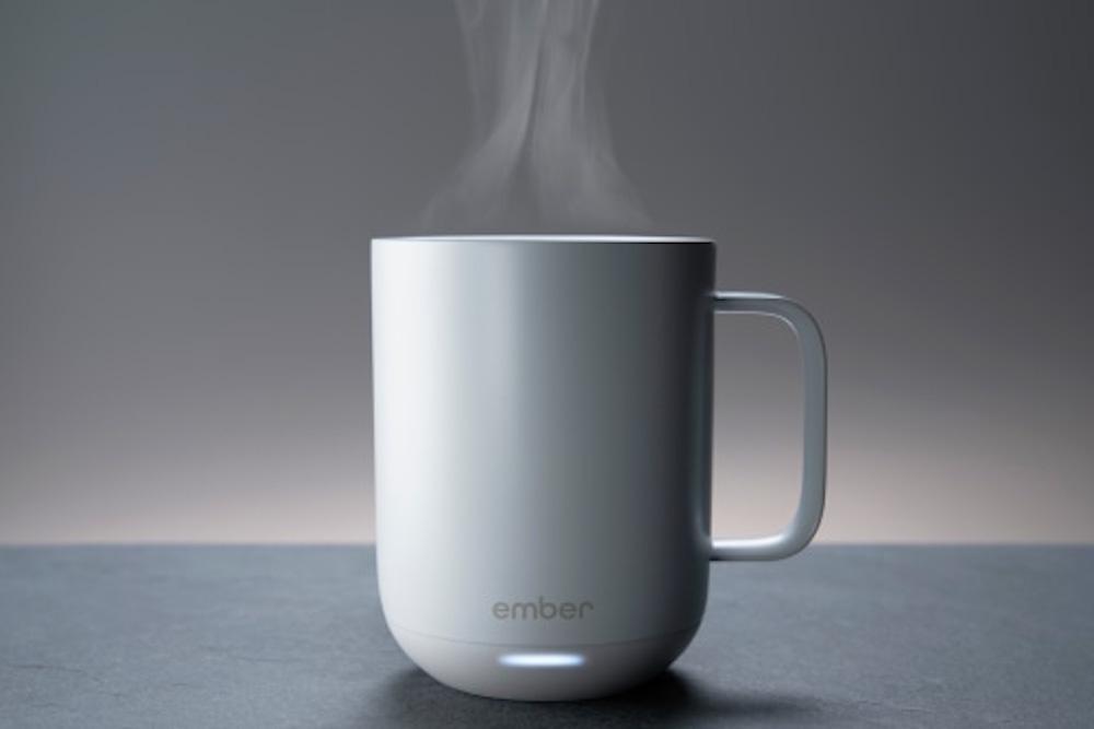 """Kahvenizi İstediğiniz Sıcaklıkta Tutan """"Akıllı"""" Seramik Kupa Ember ile Tanışın!"""
