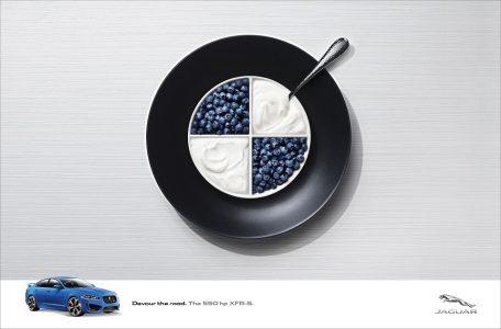 """Jaguar'ın Rakiplerini """"Kolay Lokma"""" Olarak Gördüğü Reklam Kampanyası"""