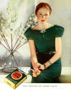 Lucky Strike Satışlarını Arttırmak İçin Kadınlara Yapılan Yeşil Propagandası