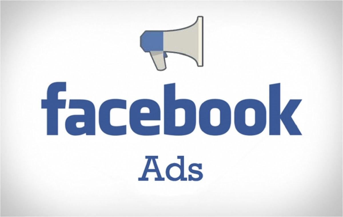 """Facebook Markalara """"Parayı Veren Düdüğü Çalar"""" Diyor"""