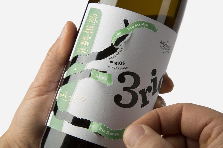 Bu Şarapların Hikayesini Etiketlerini Soyarak Öğrenebiliyorsunuz!