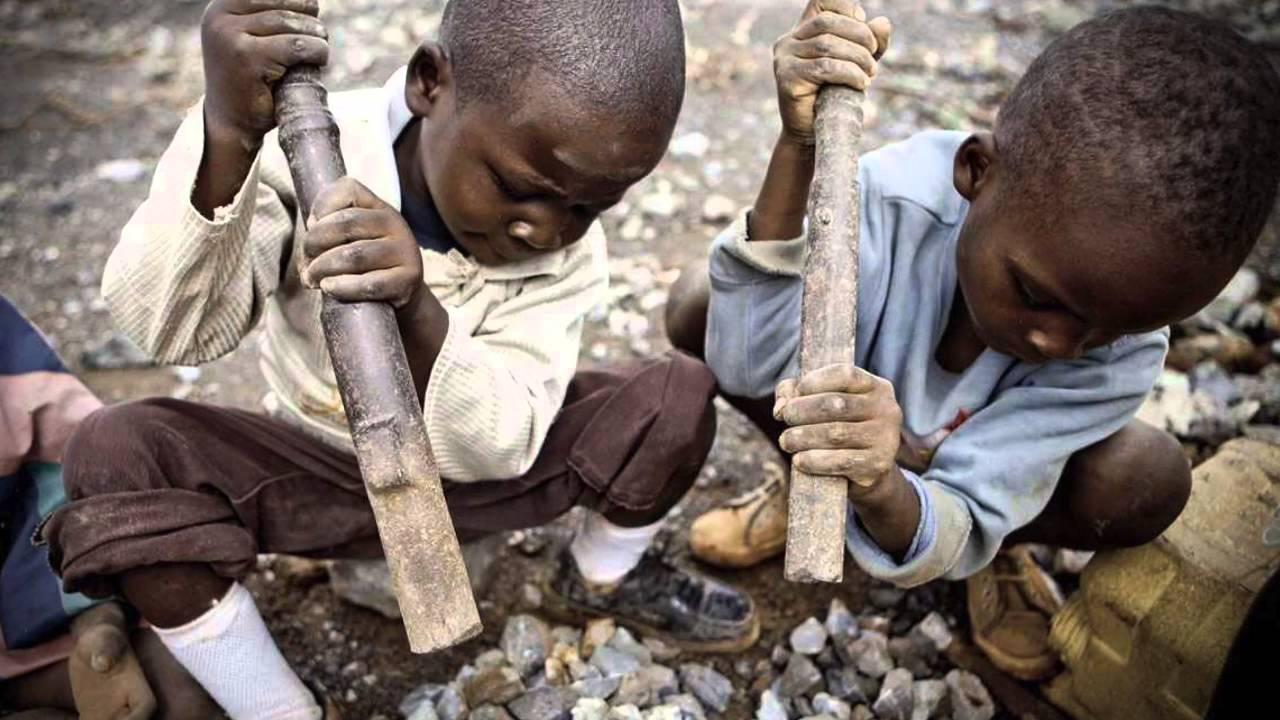 Apple, Madenlerde Çalıştırılan Çocuk İşçiler Nedeniyle Tedarikçisini Değiştiriyor