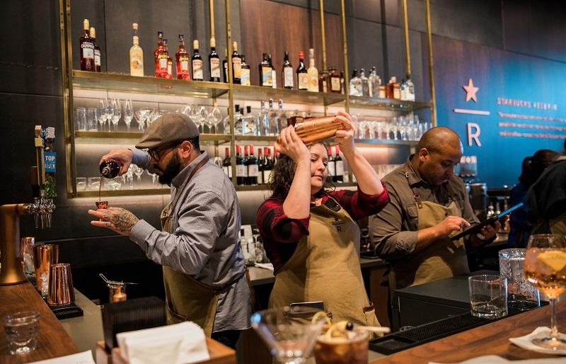 Starbucks, Alkol Servis Edeceği 1000 Yeni Şube Açacak