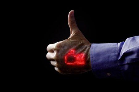 Sonunda Oldu: Sağlık Durumunuzu Takip Eden Elektronik Deri
