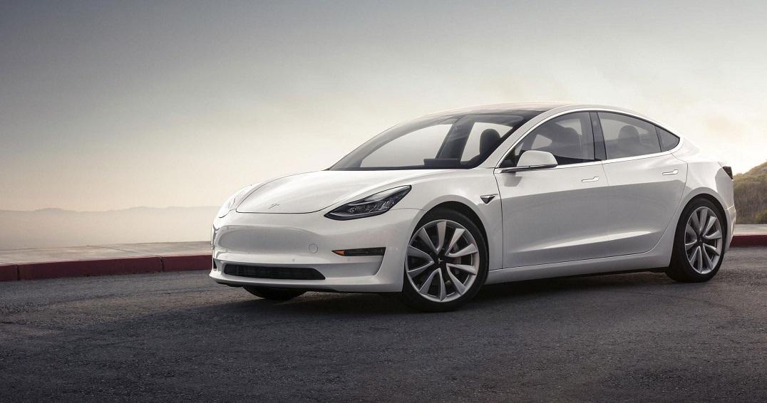 Tesla Model 3, Neden Y Kuşağının Favori Arabası?