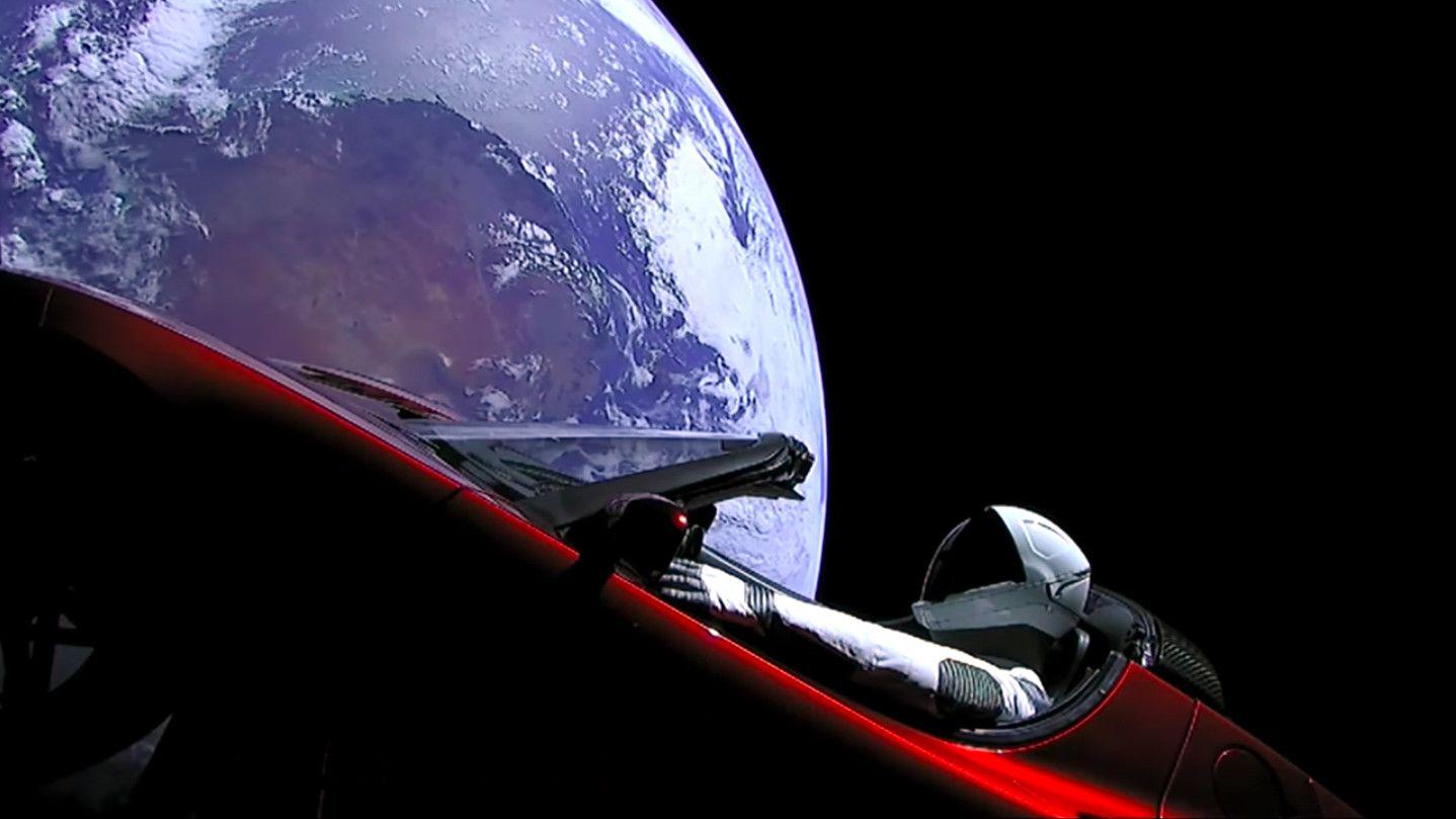 Tesla, Sıfır Reklam Bütçesiyle Dünyanın En İyi Araba Reklamını Yaptı
