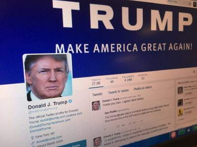Facebook ve Google'ın Siyasi Reklamlarla Başı Dertte