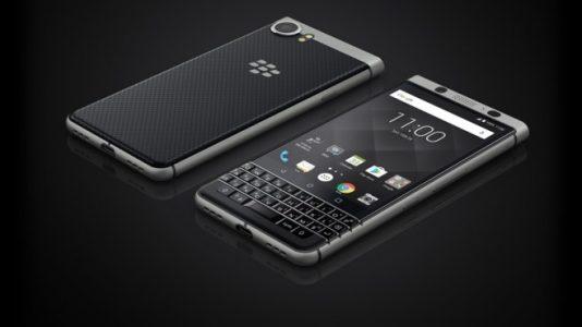 """BlackBerry Nostaljisi Türkiye'ye """"KEYone"""" ile Geri Dönüyor"""