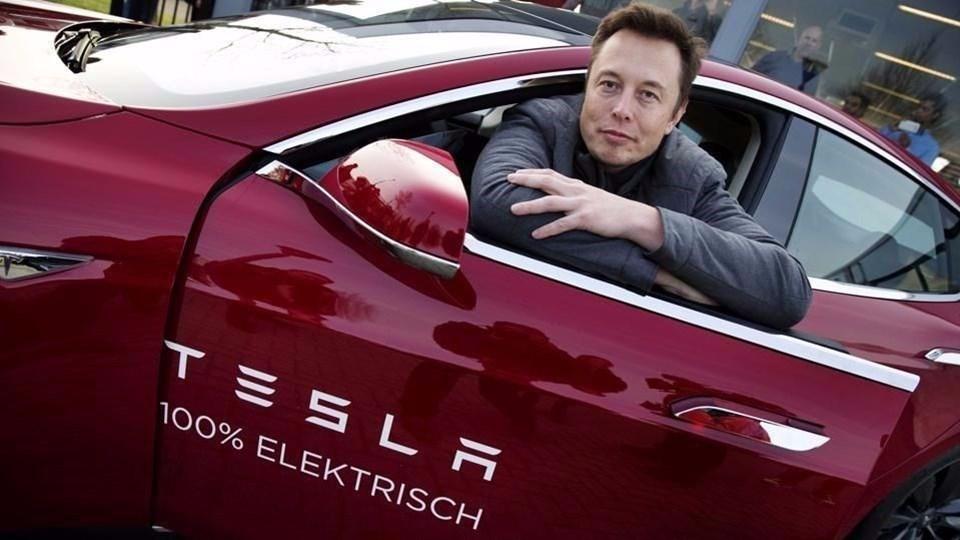 Tesla, Gelecekte Başka Bir Otomobil Markasıyla Birleşebilir
