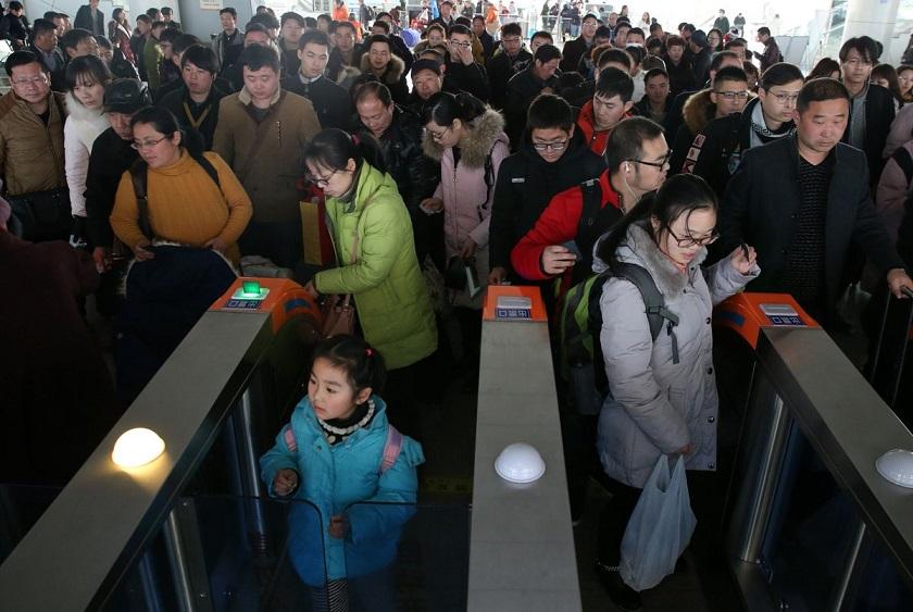 Çin, Borçlu Kişilerin Seyahat Etmesini Yasaklayacak