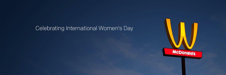 Mc Donald's Dünya Kadınlar Günü İçin Logosunu Ters Çevirdi