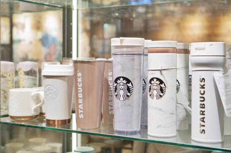 Starbucks'dan Sade Şıklıkta Çığır Açan Mermer Temalı Koleksiyon!