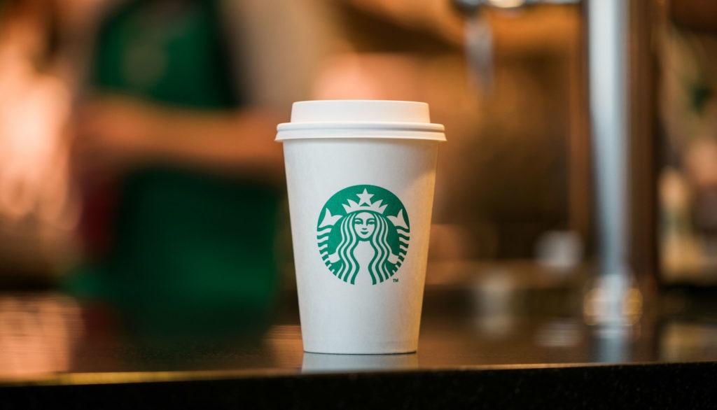 Starbucks'ın Daha Fazla Para Harcamanız İçin Kullandığı Taktikler