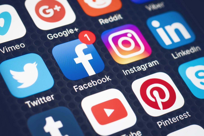 Sosyal Medya, İş Verimliliğini Nasıl Etkiliyor?