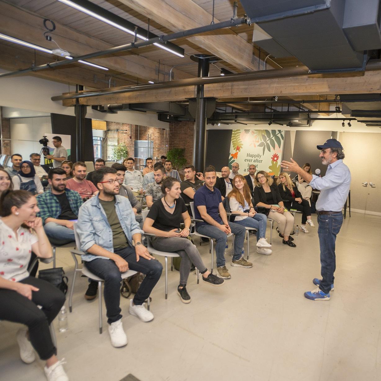Hamdi Ulukaya Türkiye'nin Dört Bir Yanından Girişimcilerle Amerika'da Buluştu