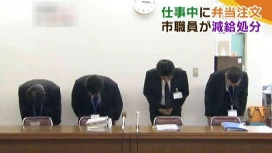 Japonya'da Bir İşçi Öğlen Yemeğine 3 Dakika Erken Çıktığı İçin Cezalandırıldı