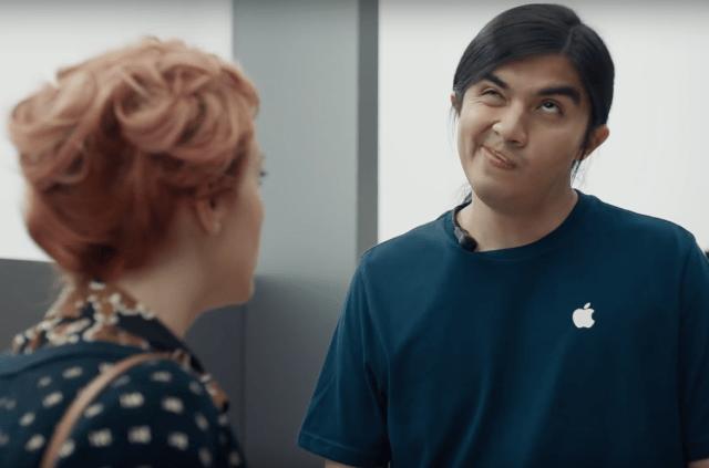 Samsung'dan Apple ile Dalga Geçen Reklam Filmleri Serisi
